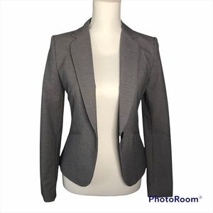 NWOT H&M Fitted Gray Blazer Size 4